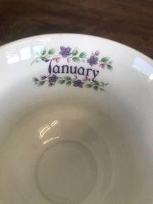 Tasse et sous-tasse Janvier/January angleterre