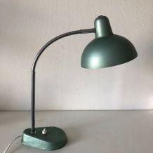 Lampe vintage 1950 de bureau Aluminor vert métal - 35 cm