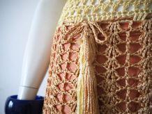 Petite robe en crochet macramé vintage 60's