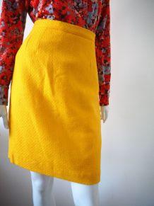 Jupe droite en laine jaune vintage 70's