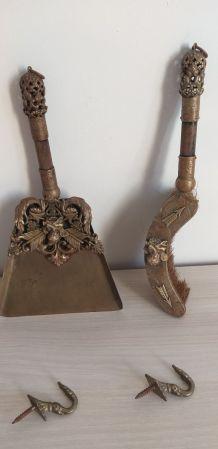 Nécessaire de cheminée Pelle et Balayette (bronze ?)