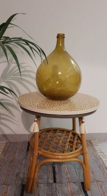 Table d'appoint vintage rotin relookée Darma