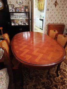 Table et chaises merisier