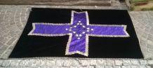 tissu de cercueil en velour brodé