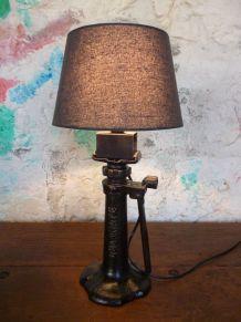 LAMPE - CRIC - DELAHAYE