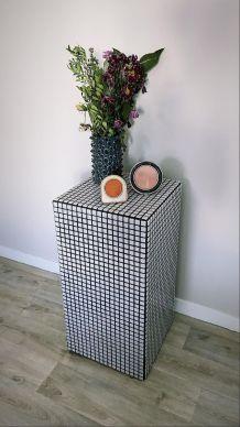 Bout de canapé cube carrelage mosaïque