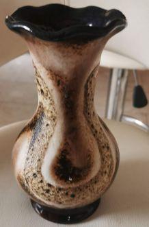 Vase céramique signée