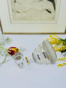 Carafe ou flacon verre soufflé et dorure - Circa 30