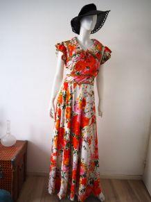 Longue robe de hippie col pelle à tarte vintage 70's