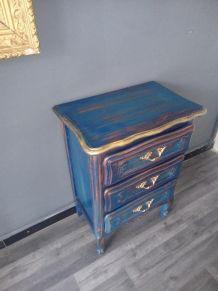 Commode dégradée bleutée cérusée style Louis XV