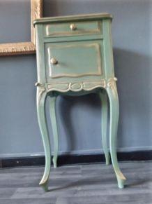 Chevet style Louis XV vert céladon et doré