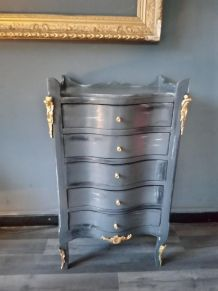 Commode grise patinée style Louis XV