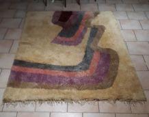 tapis laine beige  1960 a 1970 pop art  , style  rya ,desso