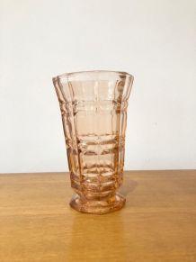 Vase vintage en verre rose Made in France