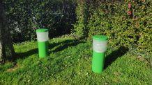 bornes éclairage de jardin vertes  métal et verre holophane