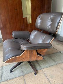 Charles EAMES - Lounge chair et ottoman cuir marron