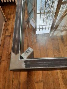 """Table basse de"""" style industriel """"  en métal et verre"""