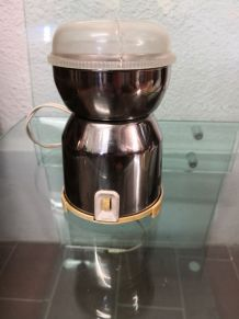 Moulin à café inox peugeot