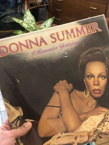 "Vinyle 33 Donna Summer "" I remember yesterday """