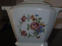 Ancien pot porcelaine fleurie à liseré doré