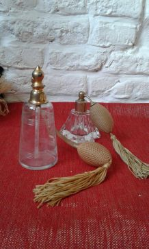 Flacons de parfum Art Déco.