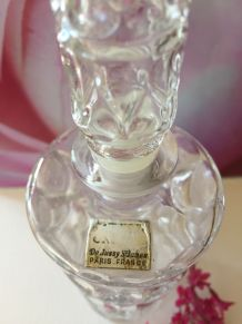 Ancien flacon de parfum en verre De Bussy St James