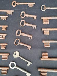 Ensembles de 33 clés anciennes