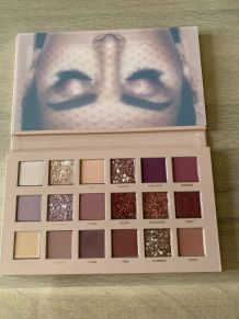 Palette Nude Huda Bauty