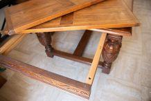Grande Table en bois massif