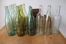 Lot 12 bouteilles à étoile années 650/70