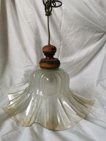 Lampe à suspendre en verre moule
