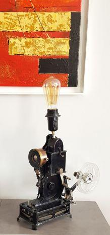 Lampe (projecteur cinéma Pathé Baby détourné)