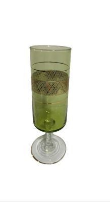 Série de 9 flûtes à Champagne vintage 1970 en verre vert