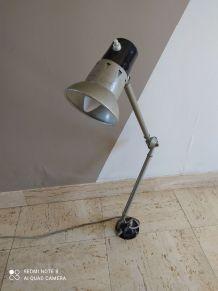 Lampe atelier année 50-60 a 2 bras style jielde