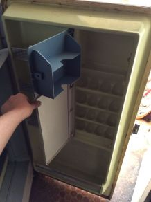 Réfrigérateur marque FRIGIDAIRE vintage