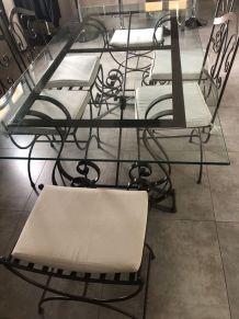 Table à manger en fer forgé avec 4 chaises et 2 tabourets