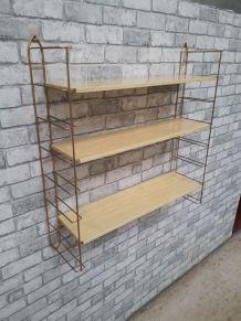 Etagère style String 3 niveaux métal, faut bois claire doré