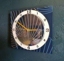 """Horloge vintage pendule silencieuse """"Bleu doré Végétal"""""""