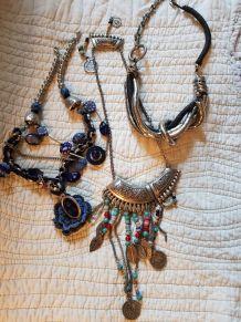 Lot de 3 colliers vintage