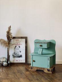 Le petit meuble