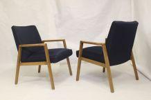 Paire de fauteuils scandinaves années 60 restaurés tissu ble