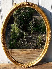 Miroir en platre doré 45x66cm