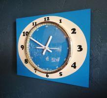 Horloge formica vintage pendule murale Japy Electrique Bleue