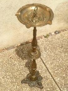 cendrier  sur  pied  métal  doré,  vintage