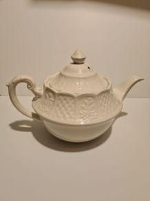 Théière Porcelaine blanche Anglaise Royale Cauldron