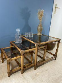 3 tables gigognes vintage 1970 en rotin, bambou & verre fumé
