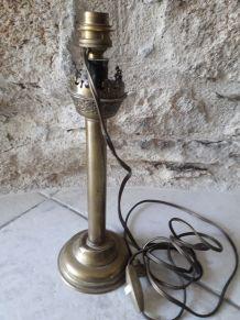 lampes a huile et bougeoir laiton et cuivre