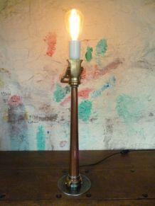 LAMPE VINTAGE -  LANCE INCENDIE -