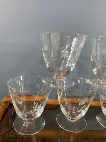 7 verres à vin vintage en cristal gravé 1950