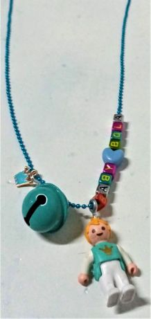 Collier Bola de grossesse  bleu Playmobil